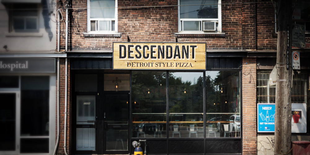 Descendant-Detroit-Style-Pizza-exterior-1